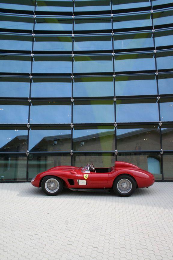 MUSEO CASA ENZO FERRARI | Cristiano Luzzago consulente auto classiche
