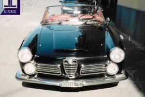 alfa romeo 2600 touring spider www.cristianoluzzago.it brescia italy 1
