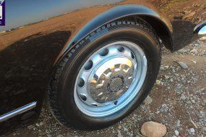 alfa romeo 2600 touring spider www.cristianoluzzago.it brescia italy 24