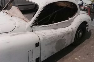 jaguar xk 120 restauro 35