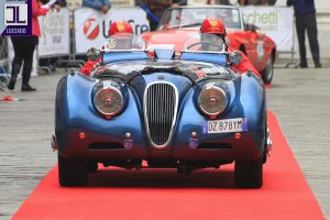 jaguar xk120 roadster www.cristianoluzzago.it 39 328 2454909 1