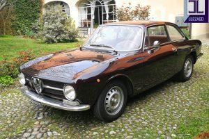 ALFA ROMEO GT JUNIOR1973 www.cristianoluzzago.it Brescia ,Italy (6)