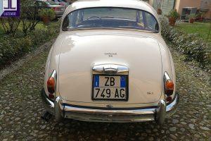JAGUAR MK2 3.800 www.cristianoluzzago.it Brescia Italy (10)
