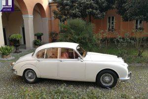JAGUAR MK2 3.800 www.cristianoluzzago.it Brescia Italy (5)