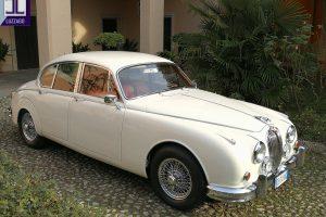 JAGUAR MK2 3.800 www.cristianoluzzago.it Brescia Italy (6)