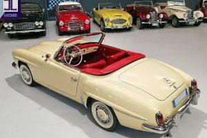 1959 MERCEDES BENZ 190 SL ROADSTER www.cristianoluzzago.it Brescia Italy (10)