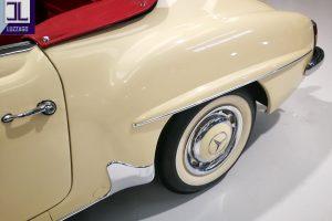 1959 MERCEDES BENZ 190 SL ROADSTER www.cristianoluzzago.it Brescia Italy (15)