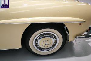 1959 MERCEDES BENZ 190 SL ROADSTER www.cristianoluzzago.it Brescia Italy (17)