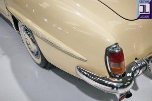 1959 MERCEDES BENZ 190 SL ROADSTER www.cristianoluzzago.it Brescia Italy (20)