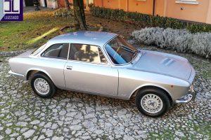ALFA ROMEO 2000 GT VELOCE www.cristianoluzzago.it Brescia Italy (10)
