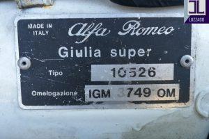 ALFA ROMEO GIULIA 1600 SUPER www.cristianoluzzago.it Brescia Italy (43)