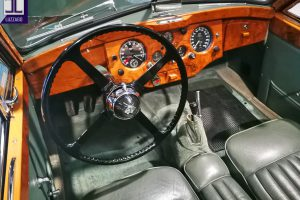 JAGUAR XK 120 DHC www.cristianoluzzago.it Brescia Italy (34)