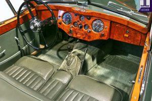 JAGUAR XK 120 DHC www.cristianoluzzago.it Brescia Italy (36)