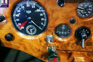 JAGUAR XK 120 DHC www.cristianoluzzago.it Brescia Italy (41)
