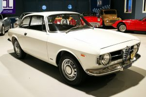 1968 ALFA ROMEO GT JUNIOR 1300 SCALINO www.cristianoluzzago.it Brescia Italy (20)