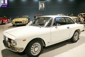 1968 ALFA ROMEO GT JUNIOR 1300 SCALINO www.cristianoluzzago.it Brescia Italy (6)