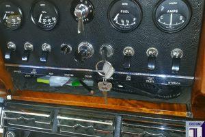 JAGUAR MK2 3.800 www.cristianoluzzago.it Brescia Italy (35)