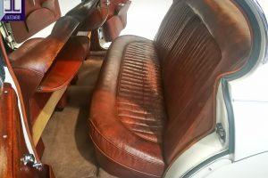 JAGUAR MK2 3.800 www.cristianoluzzago.it Brescia Italy (38)