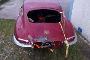 1968 Jaguar e type s1,5 for restoration www.cristianoluzzago.it Brescia Italy (6)