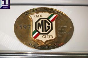 1972 MG B ROADSTER www.cristianoluzzago.it Brescia Italy (20)
