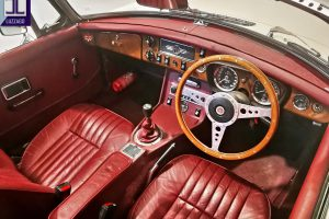 1972 MG B ROADSTER www.cristianoluzzago.it Brescia Italy (23)