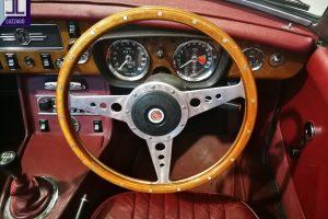 1972 MG B ROADSTER www.cristianoluzzago.it Brescia Italy (32)