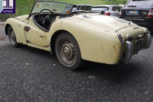 TRIUMPH TR3A FOR RESTORATION www.cristianoluzzago.it brescia italy (5)