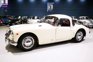 1957 MG A 1500 COUPE' www.cristianoluzzago.it Brescia Italy (12)