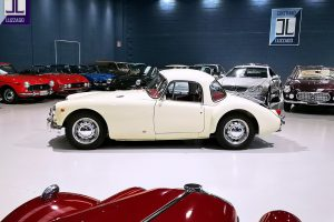 1957 MG A 1500 COUPE' www.cristianoluzzago.it Brescia Italy (15)