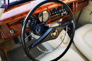 1964 JAGUAR MK2 3.800 www.cristianoluzzago.it brescia italy (16)