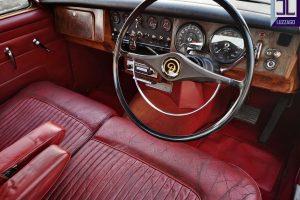 1969 DAIMLER 2500 V8 SALOON www.cristianoluzzago.it brescia italy (16)
