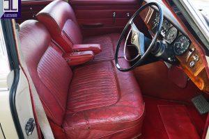 1969 DAIMLER 2500 V8 SALOON www.cristianoluzzago.it brescia italy (18)
