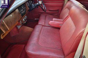 1969 DAIMLER 2500 V8 SALOON www.cristianoluzzago.it brescia italy (22)