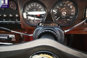 1969 DAIMLER 2500 V8 SALOON www.cristianoluzzago.it brescia italy (31)