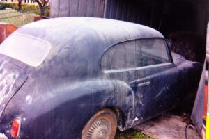 1948 FIAT 1100 VIGNALEbarn find and cleaning (2)
