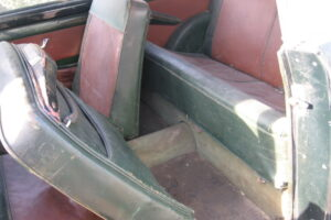 1948 FIAT 1100 VIGNALEbarn find and cleaning (30)