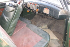 1948 FIAT 1100 VIGNALEbarn find and cleaning (31)