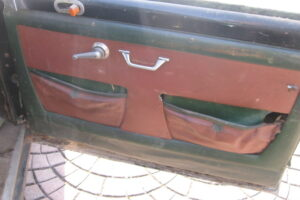1948 FIAT 1100 VIGNALEbarn find and cleaning (35)