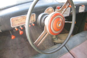 1948 FIAT 1100 VIGNALEbarn find and cleaning (37)