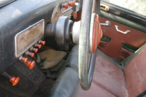 1948 FIAT 1100 VIGNALEbarn find and cleaning (38)