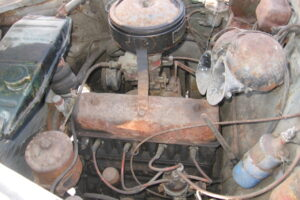 1948 FIAT 1100 VIGNALEbarn find and cleaning (47)