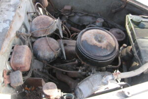 1948 FIAT 1100 VIGNALEbarn find and cleaning (48)