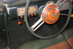 1948 FIAT 1100 VIGNALEbarn find and cleaning (57)
