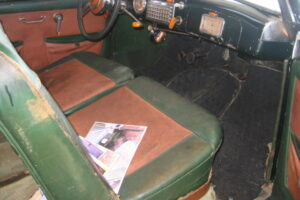 1948 FIAT 1100 VIGNALEbarn find and cleaning (59)