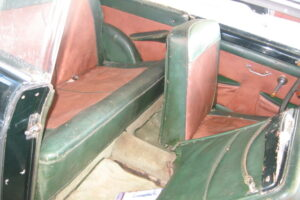 1948 FIAT 1100 VIGNALEbarn find and cleaning (60)