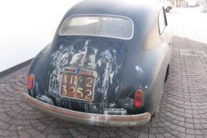 1948 FIAT 1100 VIGNALEbarn find and cleaning (7)