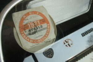 1948 FIAT 1100 VIGNALEbarn find and cleaning (70)