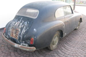 1948 FIAT 1100 VIGNALEbarn find and cleaning (8)
