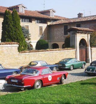 A weekend in Cremona and surroundings with Registro Touring Superleggera on Aston Martin DB6.  #astonmartindb6 #britishcars #englishcars #registrotouringsuperleggera #touringsuperleggera #cremona #carcollectors #palazzobarbò